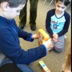 Kindergarten Use Robots to Tell the Story of Passover